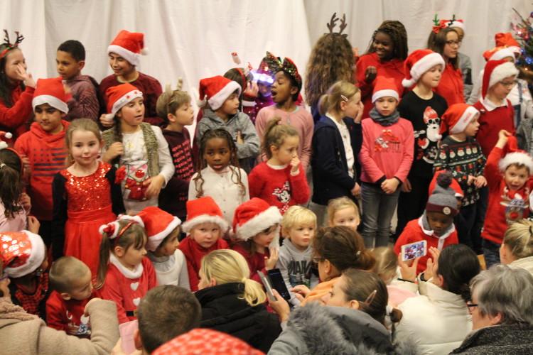 Soirée bières spéciales et chorale de Noël par les élèves de l'école