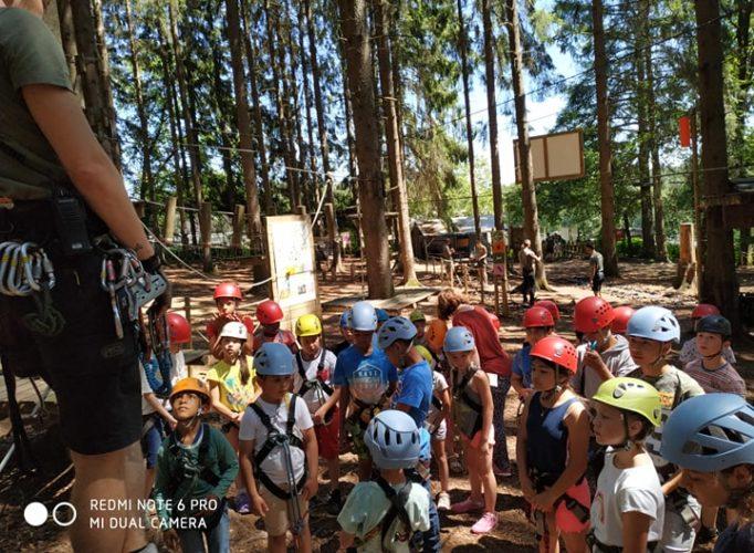 Excursion des élèves du primaire au Parc Forestia à Theux